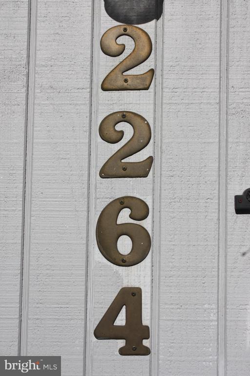 2264 Coppersmith Sq