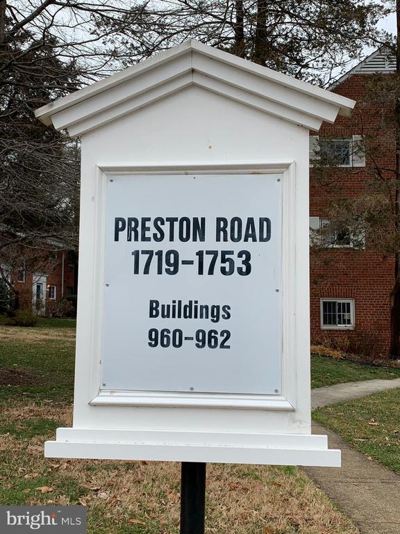 Photo of 1725 Preston Rd