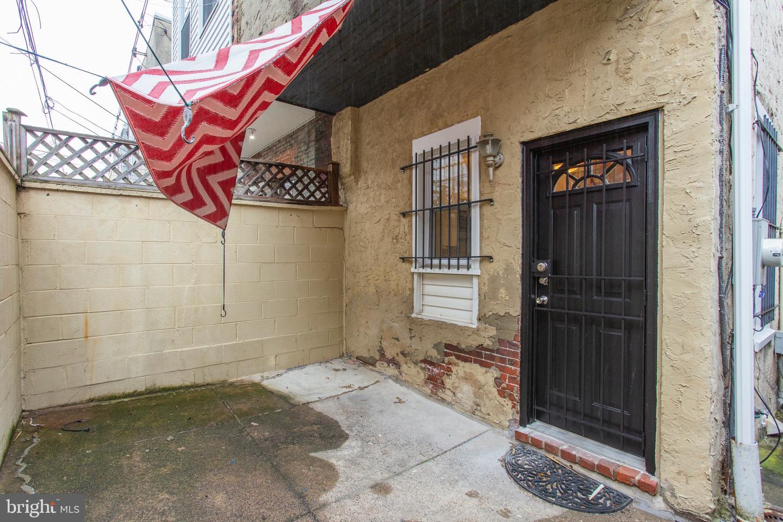 2544 S Juniper Street Philadelphia , PA 19148