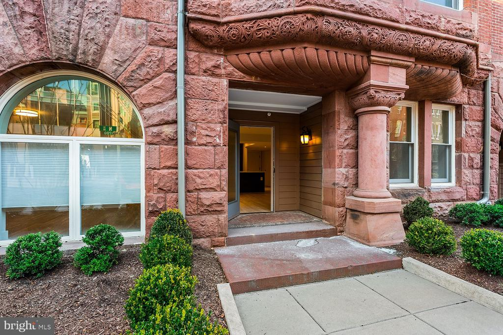 Only a handful remain at this gorgeous community!  #110 at The Historic Row at 1745N is a spacious 2 bedroom with 2.5  baths, and an end residence, too!  Plus, it features two entries including it's own front door to the walk-way and a parking space  is included in its price!   Experience the finer details throughout including stainless steel appliances (gas cooking), wide-plank premium hardwood flooring, custom cabinetry and more. The Historic Row at 1745N offers a concierge, package room, bike room, and courtyard.  Find yourself relaxing in the courtyard.  Let's not forget the location: a tree-lined Dupont Circle street where Iron Gate, Tabard Inn are among the neighbors. Immediate delivery.   Historic charm with modern sensibilities:  The Historic Row at 1745N Dupont.