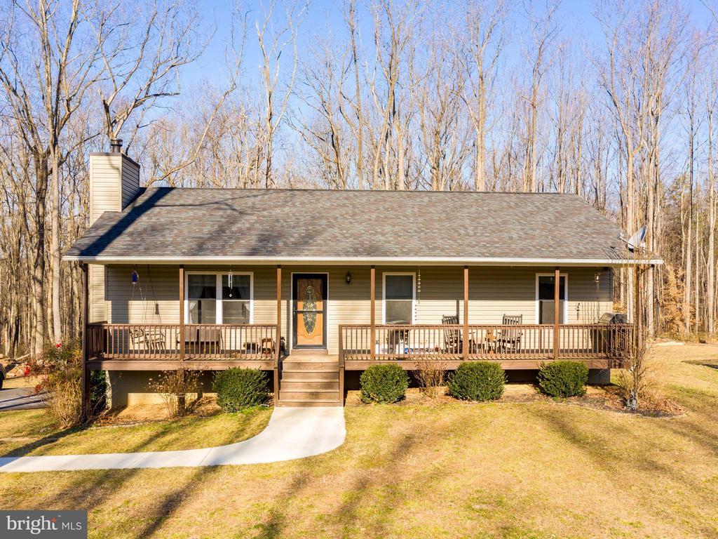 405 Jones Farm Rd, Bentonville, VA 22610