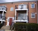 9493 Fairfax Blvd #304