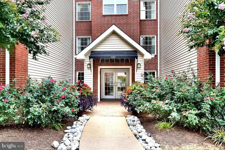 Photo of 3307 Wyndham Cir #3168