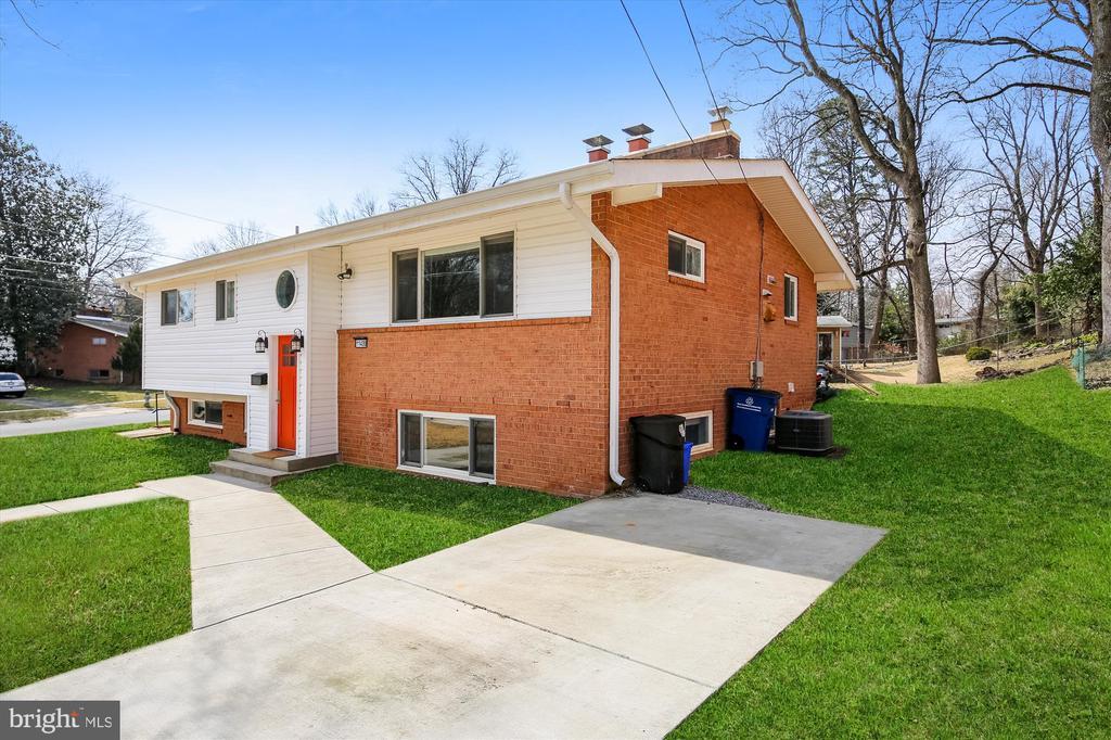 11400 Rockbridge Rd, Silver Spring, MD 20902