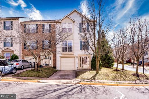 14253 Glade Spring Dr Centreville VA 20121