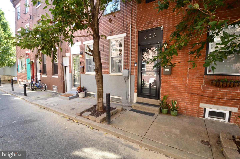 826 League Street Philadelphia, PA 19147