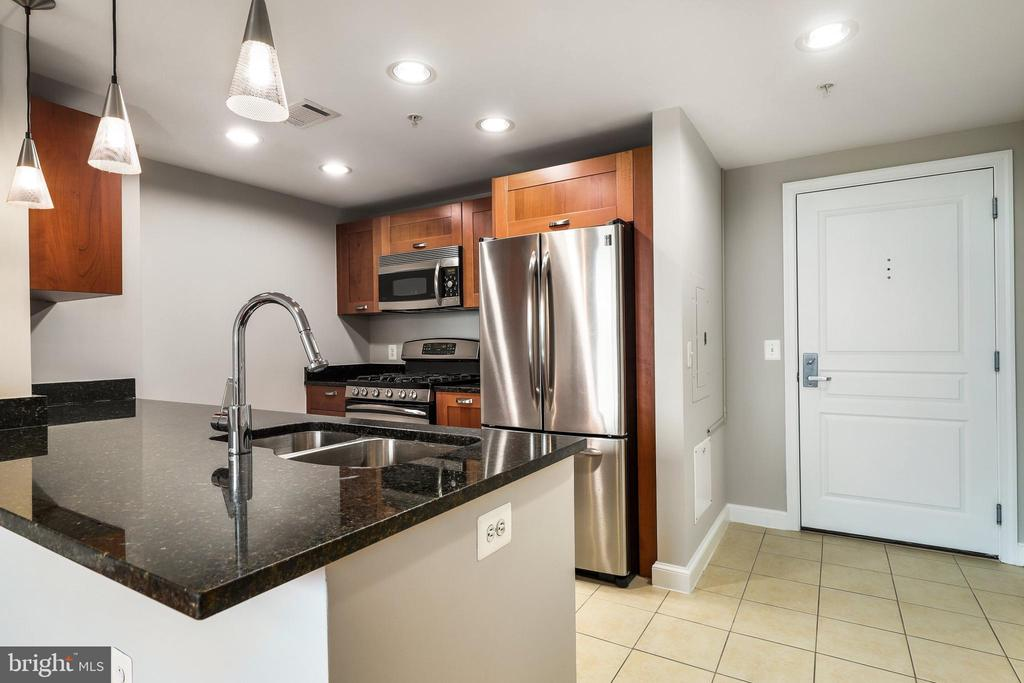 Photo of 2451 Midtown Ave #1613