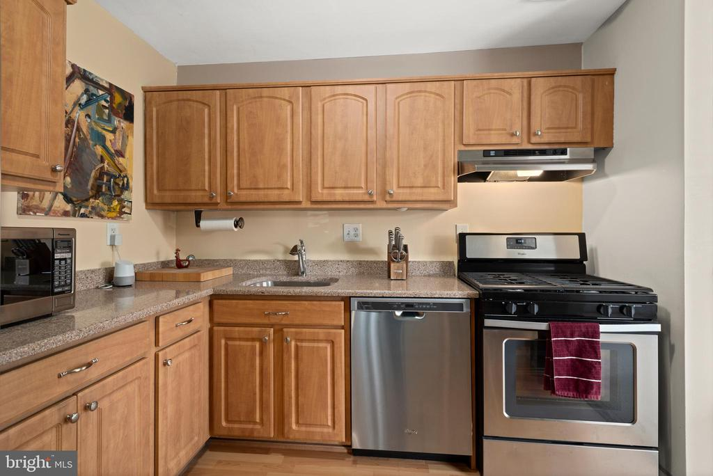 Photo of 200 N Maple Ave #407