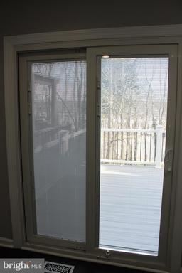 14035 Betsy Ross Ln Centreville VA 20121