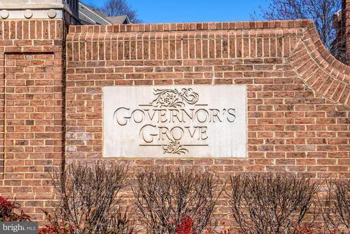 5662 Governors Pond Cir Alexandria VA 22310