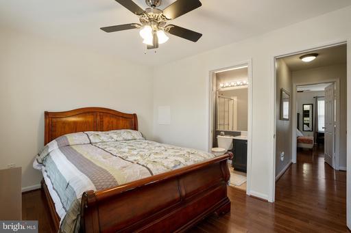 8547 Towne Manor Ct Alexandria VA 22309