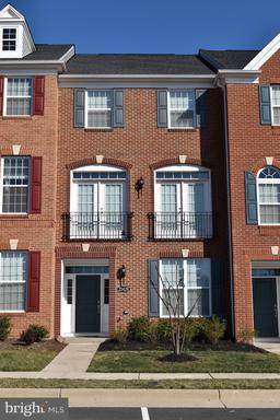 23428 Madison Heights Ter Ashburn VA 20148