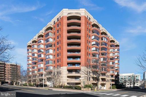 2400 Clarendon Blvd #Ph15, Arlington 22201