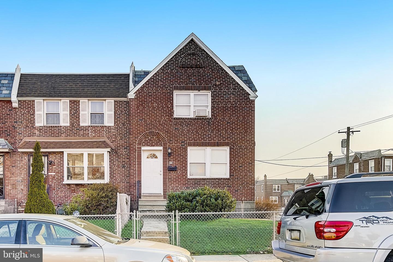 7554 Gilbert Street Philadelphia , PA 19150
