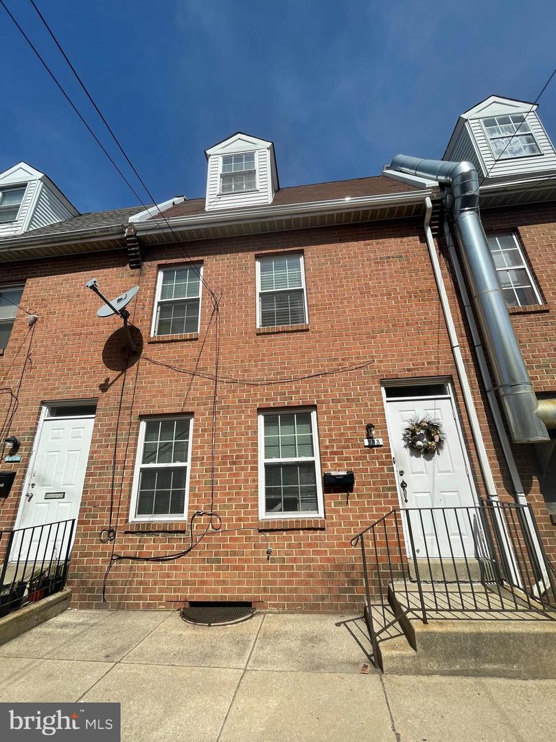 233 McClellan Street UNIT #2 Philadelphia , PA 19148