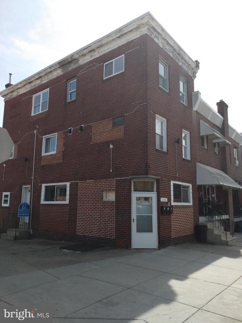 5245 Hawthorne Street Philadelphia , PA 19124