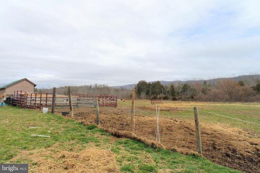 6454 Fort Valley Rd, Fort Valley 22652