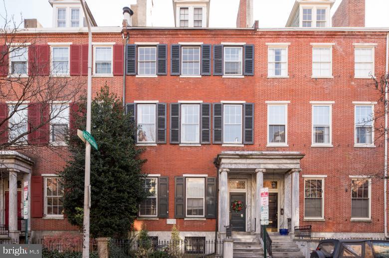 916 Spruce Street Philadelphia , PA 19107
