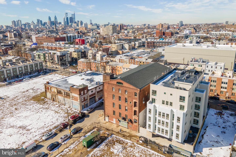 1633 N 2nd Street Philadelphia , PA 19122