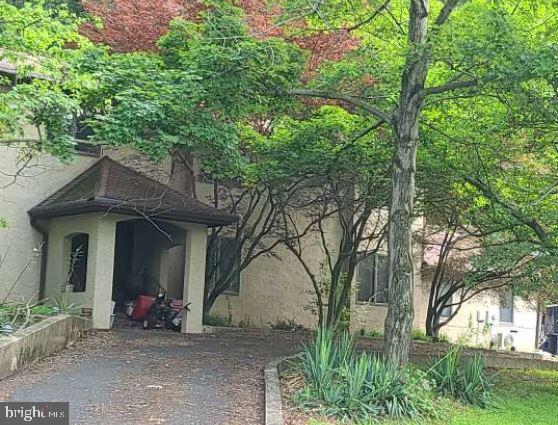 10 Pear Tree Ln, Lafayette Hill, PA, 19444