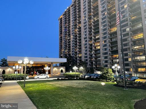 3705 S George Mason Dr #205s, Falls Church, VA 22041
