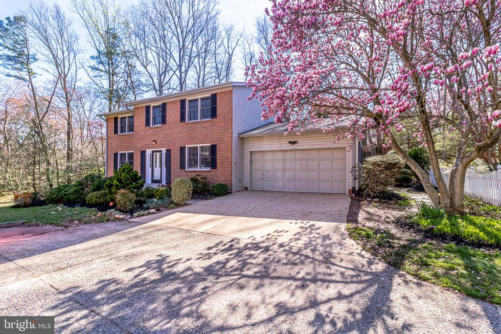 10153 Tapestry Ct