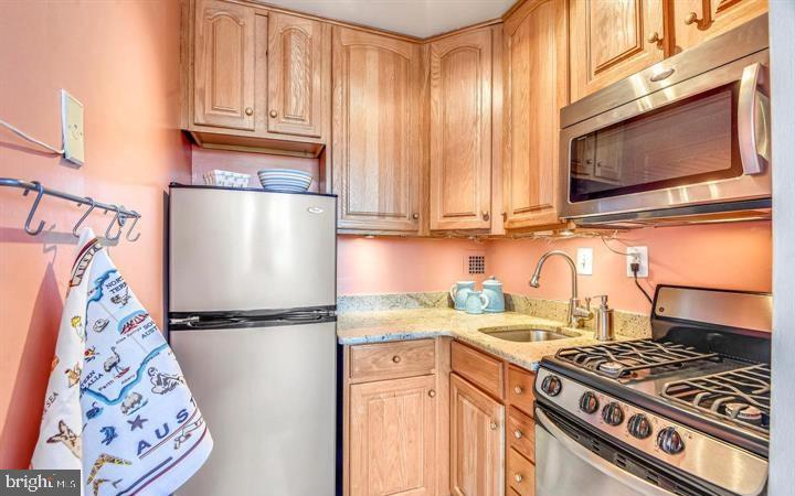 Photo of 6641 Wakefield Dr #601