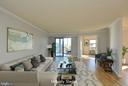 5902 Mount Eagle Dr #914