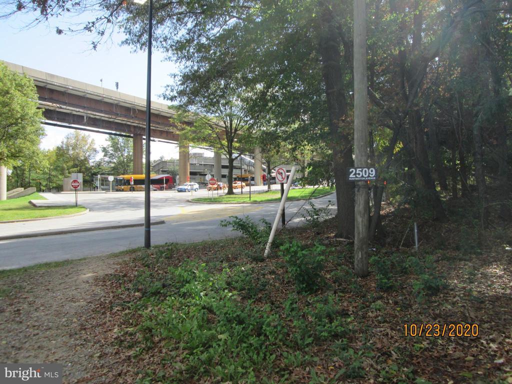 Photo of 2523 Huntington Ave #25