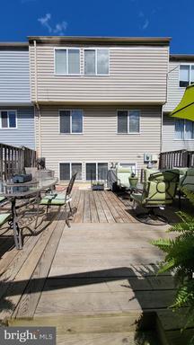 14138 Honey Hill Ct Centreville VA 20121