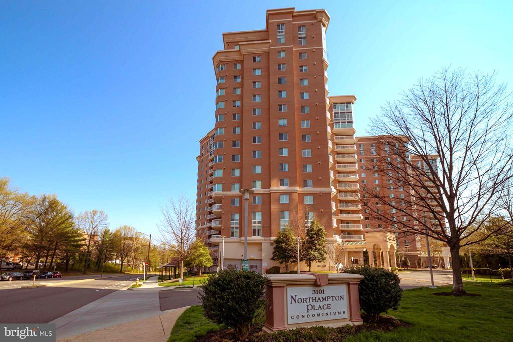 3101 N Hampton Dr #1319, Alexandria, VA 22302