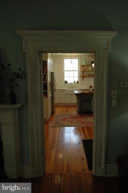 1369 Old Chapel Rd Boyce VA 22620