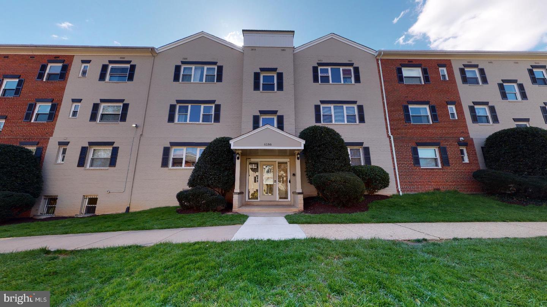 6186 Greenwood Drive  #201 - Fairfax, Virginia 22044