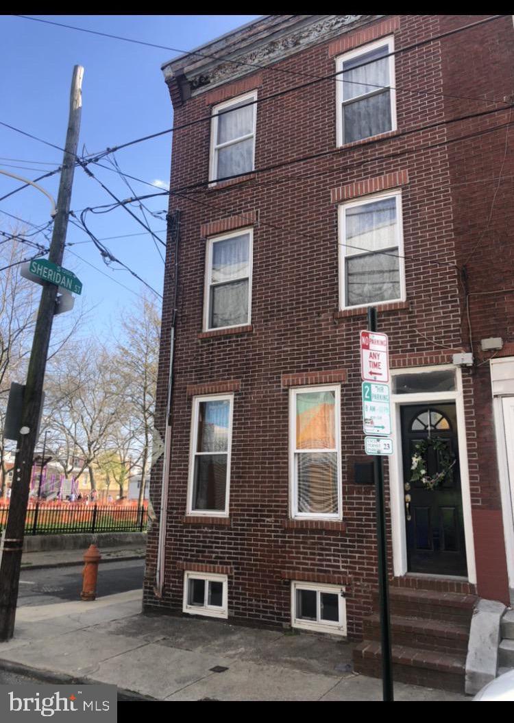 636 Manton Street Philadelphia, PA 19147