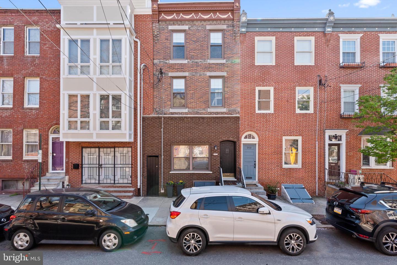 917 S 6th Street Philadelphia, PA 19147