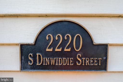 2220 S Dinwiddie St Arlington VA 22206