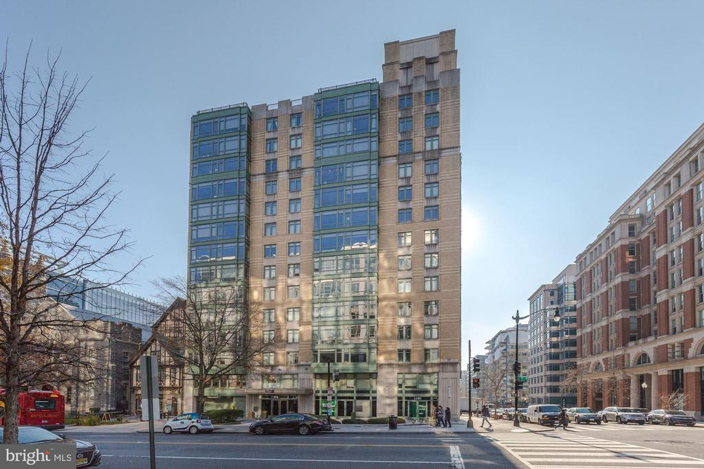 Welcome to 1150 K St Condominium / Concerige service /  turn-key condition / great floor plan / superb view / new flooring / new paint  / short walk to Metro / Chinatown / Convention Center / 1 parking space is included in the sale / please follow all CDC guidelines when touring