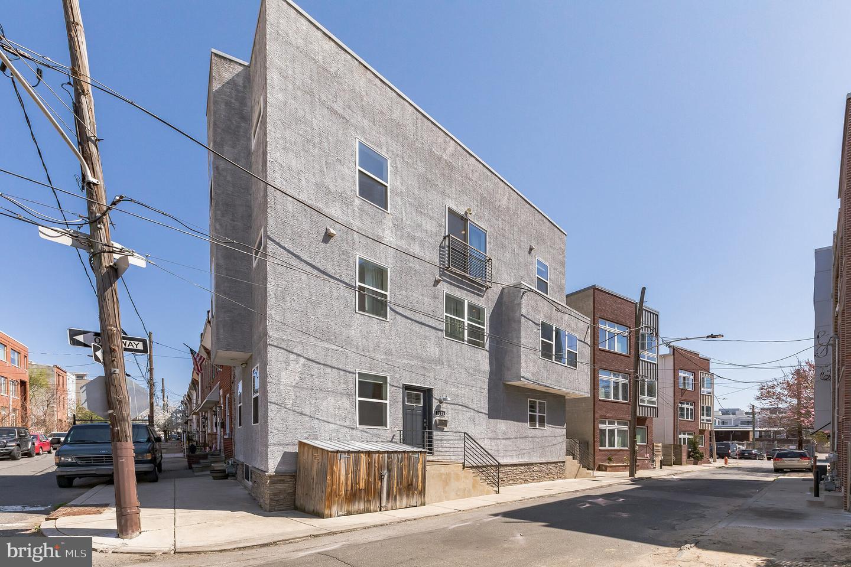 2015 Martha Street Philadelphia, PA 19125