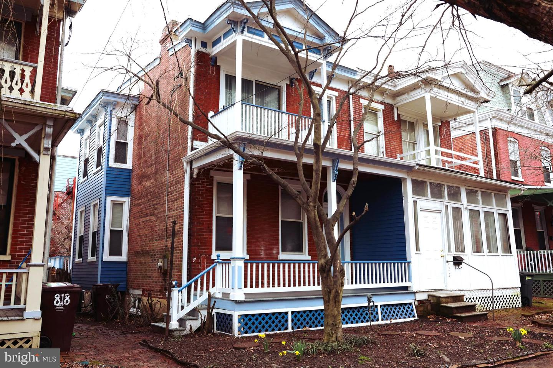 820 W 10th Street Wilmington, DE 19801