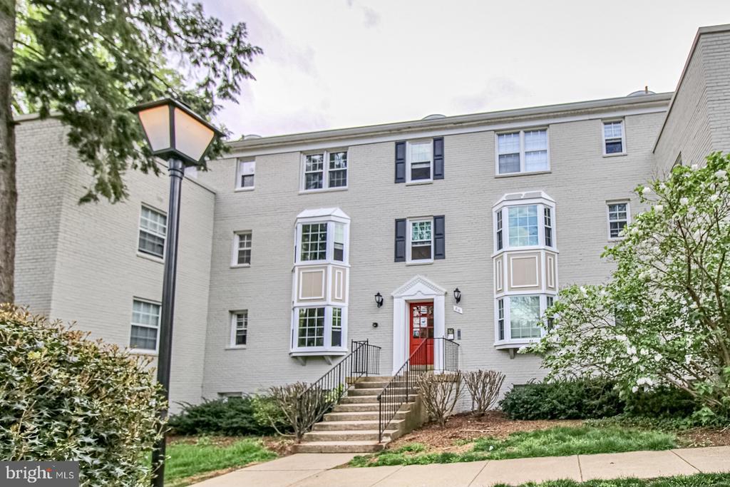 816 S Arlington Mill Dr #5-303