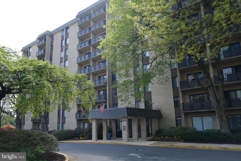 6001 Arlington Boulevard  #303 - Fairfax, Virginia 22044