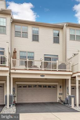 43206 Wild River Sq Ashburn VA 20148