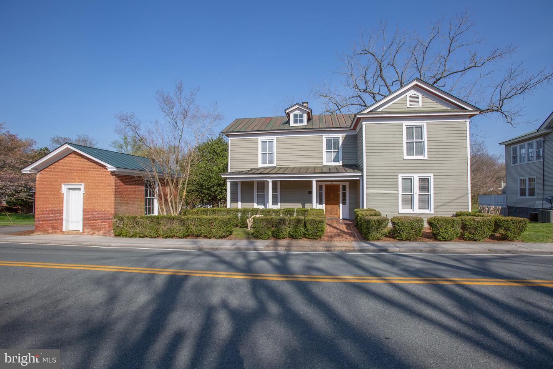 109 Elm Avenue Louisa, VA 23093