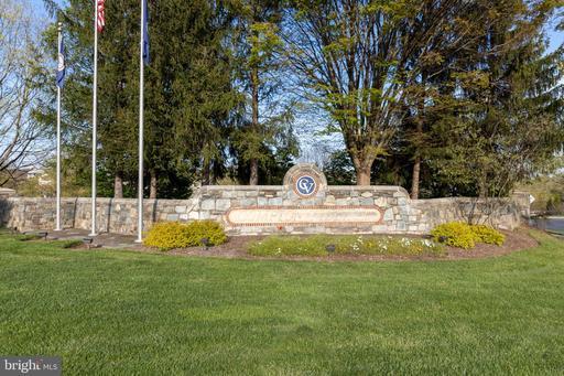 14308 Compton Village Dr Centreville VA 20121