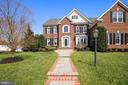 8903 Grist Mill Woods Ct