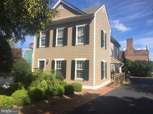 1211 Caroline St Fredericksburg VA 22401