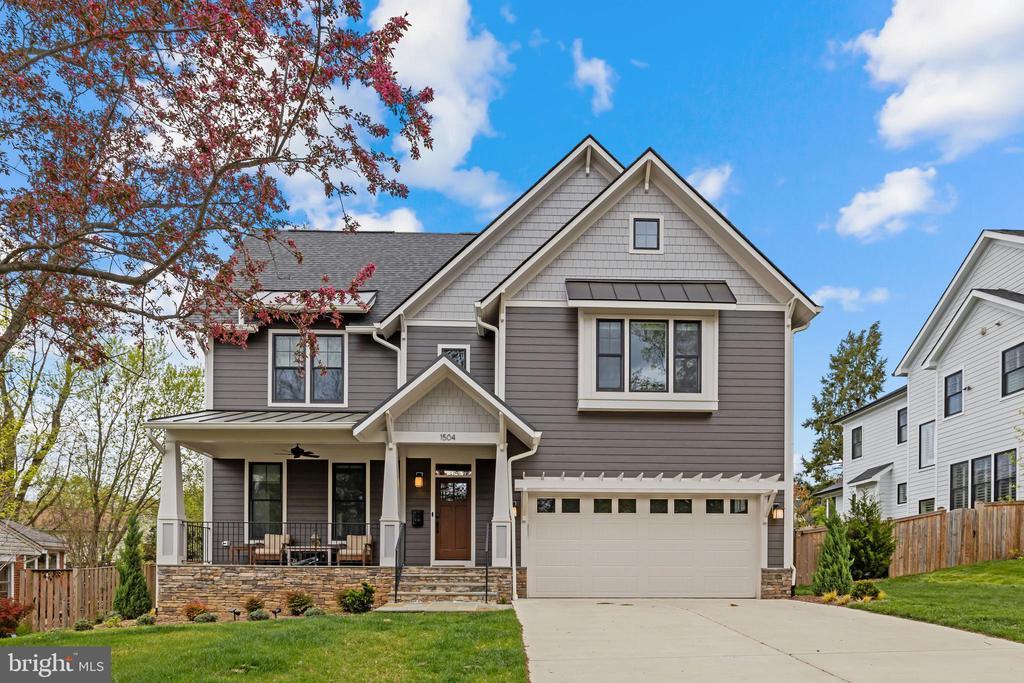 1504 Crane St, Falls Church, VA 22046