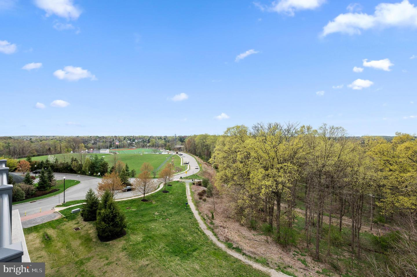 6403 Parkview Drive Haverford , PA 19041