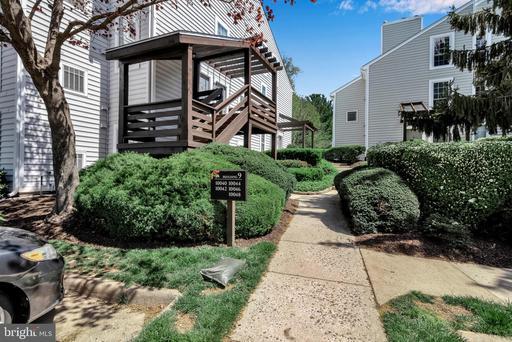 10042 Oakton Terrace Rd