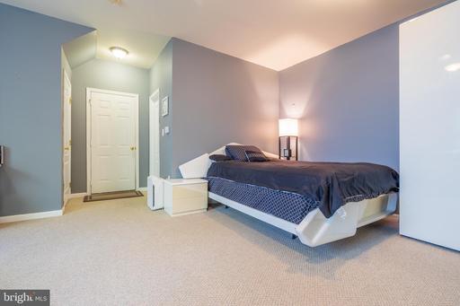 13950 Sawteeth Way Centreville VA 20121